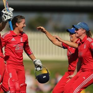 Australia v England - Women's T20: Game 1