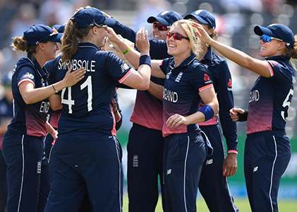 England-celebrate-two-wickets-in-the-32nd-over-which-left-South-Africa-133-4