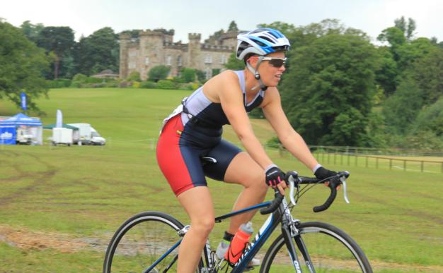 Event report: Hundreds run circles around Cholmondeley Castle