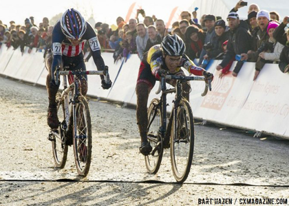 MK-finish-line-Bart-Hazen