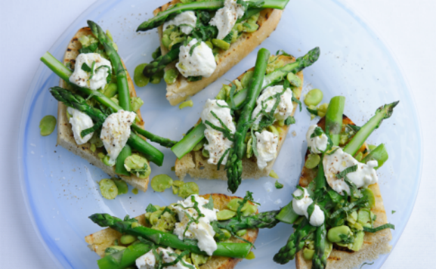 Recipe: British asparagus, broad bean, mint and mozzarella bruschetta