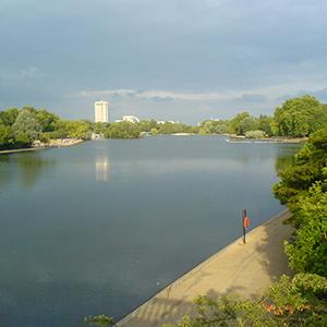 Serpentine_Lake