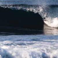 Surfing-Iceland