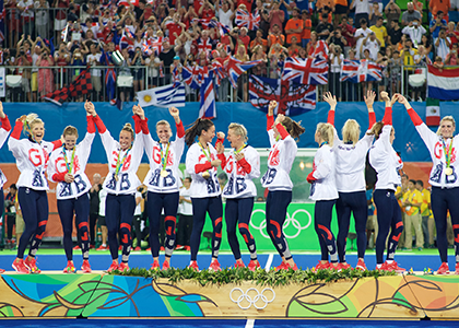 Team-GB-Women's-Hockey-podium