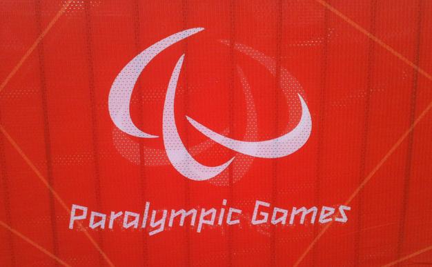 paralympic-logo-on-orange