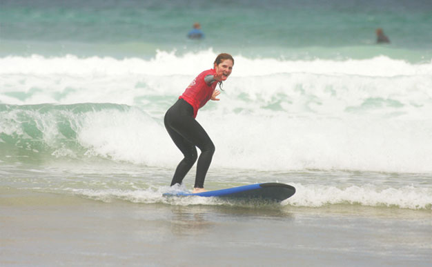Travel: Surfing and sistahood